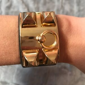 Jewelry - Gold and leather bracelet!
